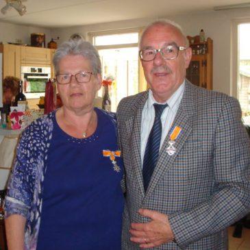Koninklijke onderscheiding voor 2 vrijwilligers.